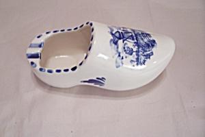 Dutch Porcelain Shoe Ash Tray (Image1)