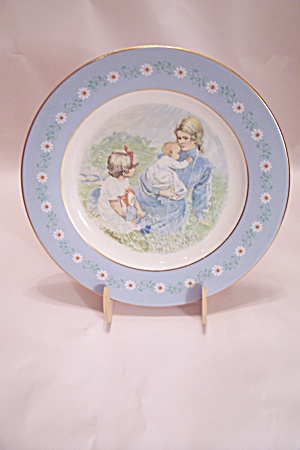Avon 1974 Pontessa Award Collector Plate