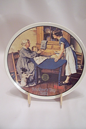 Knowles Norman Rockwell Mother's Day 1983 Plate