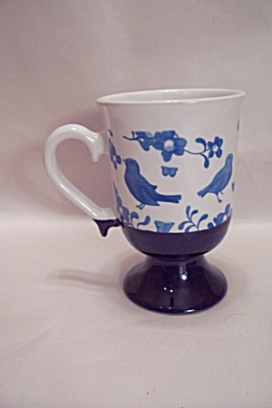 Blue Bird Decorated Porcelain Pedestal Mug