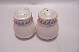 Large Handled Salt & Pepper Shaker Set