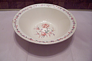 Taylor, Smith & Taylor Pattern 6 43 1 Serving Bowl