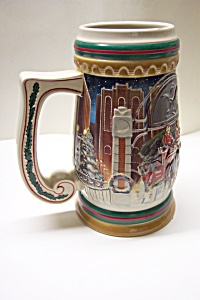 Budweiser Beer Stein - Home For The Holidays (1997) (Image1)