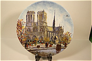 La Cathedralle Notre Dame Collector Plate
