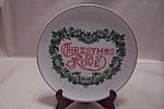 Click here to enlarge image and see more about item BG00276: Christmas Is Love Collector Plate