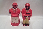 Click here to enlarge image and see more about item BG00381: Aunt Jemima & Uncle Mose Salt & Pepper Shakers
