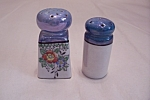 Click here to enlarge image and see more about item BG00382: Occupied Japan Salt & Pepper Shaker Set