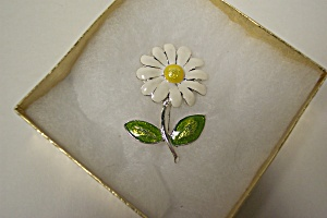 Daisy Enameled Vintage Flower Brooch