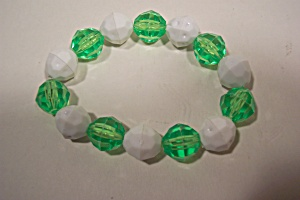 Green And White Beaded Fashion Stretch Bracelet