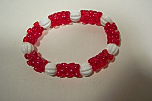 Red And White Fashion Stretch Bracelet (Image1)