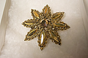 Vintage Gold Colored Rhinestone Brooch (Image1)