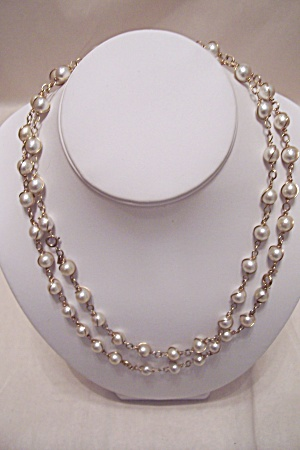 Sarah Coventry Pearl & Gold Tone Link Necklace (Image1)