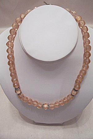 Light Pink Glass Bead Necklace (Image1)