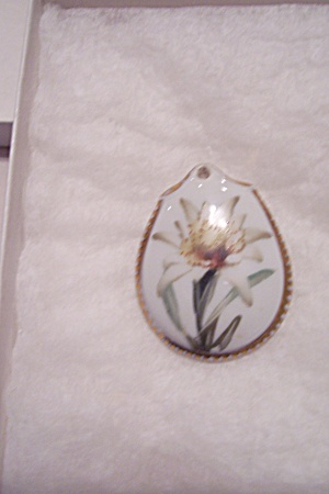 Vintage German Porcelain Necklace Drop (Image1)