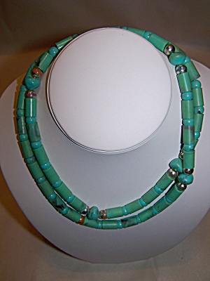 Turquoise And Silver Bead Necklace (Image1)