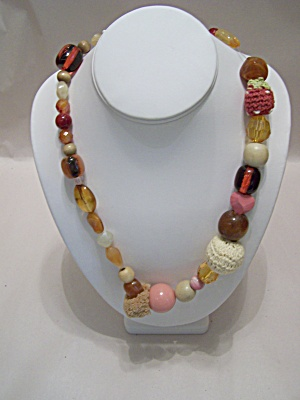 Multi-Type Bead Necklace (Image1)