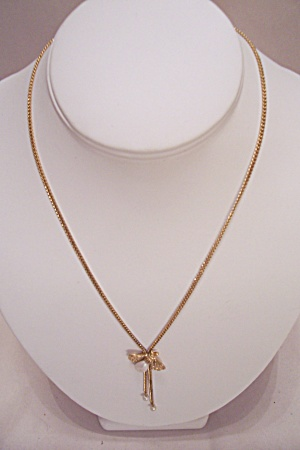 Simulated Pearl And Fly Goldtone Necklace (Image1)