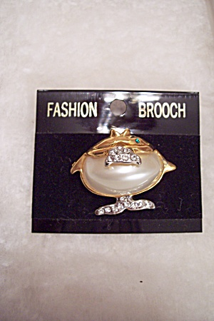 Fish Brooch With Simulated Pearl & Rhinestones