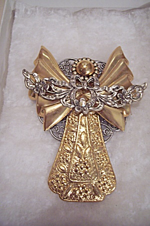 Goldtone & Silvertone Angel Pin