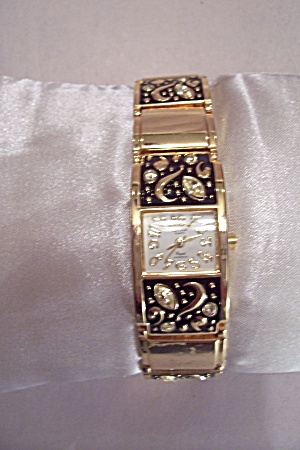 Omax Quartz Women's Wrist Watch