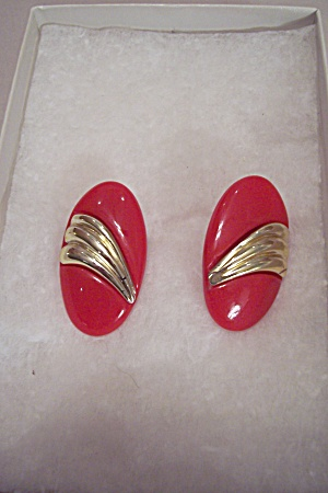 Pair Of Red Plastic & Gold Tone Stud Fashion Earrings