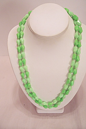 Two Tone Plastic Oval Disks Necklace.