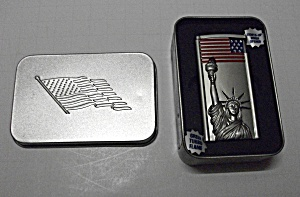 2003 IN MEMORY OF 9-11-01 STATUE OF LIBERTY LIGHTER (Image1)