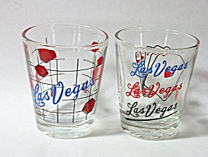 2 VINTAGE DIFFERENT LAS VEGAS SHOT GLASSES (Image1)