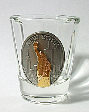 VINTAGE STATUE OF LIBERTY NEW YORK COIN SHOT GLASS (Image1)