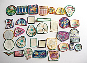 32 - Girl Scout Patches - Alaska - Parade - Bowling