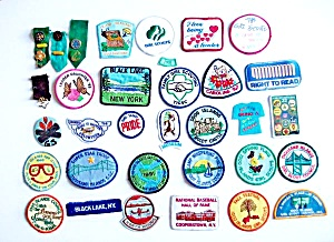 28 - Patches - 8 Pin Backs -thousand Island New York