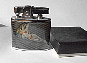 NEW OLD STOCK PENQUIN PINUP GIRLS 2 DIFFERENT PICTURES (Image1)