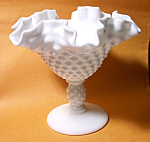 FENTON HOBNAIL MILK GLASS NUT / CANDY COMPOTE (Image1)