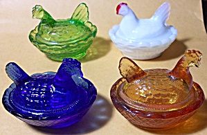 BLOW OUT 4 DIFFERENT COLOR MOSSER NESTING HEN SALTS (Image1)