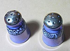 VINTAGE 1940`S GREEN STAMPED JAPAN MINI SALT & PEPPER (Image1)
