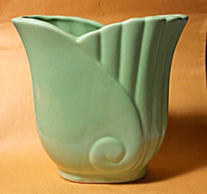 VINTAGE 1950`S ART NOUVEAU GREEN PLANTER MINT (Image1)