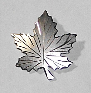 VINTAGE STERLING SILVER LEAF BROOCH BOND BOYD CO.  (Image1)