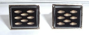 Sara Conventry Cuff Links (Image1)