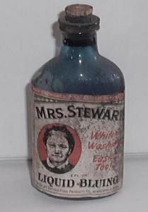 Mrs. Stewart`s Liquid Bluing (Image1)