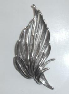 FERN STYLE SILVER BROOCH (Image1)