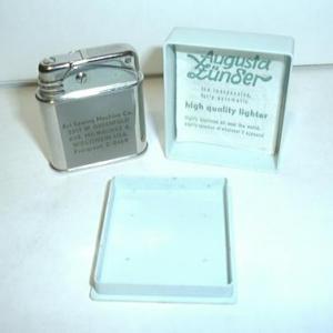 German Augusta Advertsing Lighter with Box (Image1)