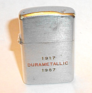 1917  DURAMETALLIC 1957 ADVERTISING LIGHTER  (Image1)
