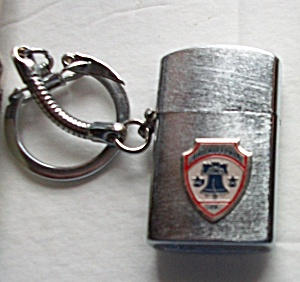 VINTAGE 1960`S JAPAN KEY CHAIN PHILADELPHIA PA. LIGHTER (Image1)