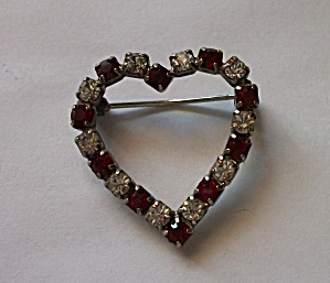 VINTAGE 1960`S RED & CLEAR RHINESTONE HEART BROOCH (Image1)