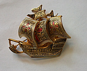 VINTAGE SHIP BROOCH MADE IN SPAIN HAND PAINTED (Image1)