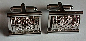 VINTAGE ART DECO SILVER TONE RECTANGULAR MESH CUFF LINK (Image1)