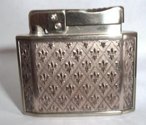 Rogers Majestic Flat Lighter (Image1)