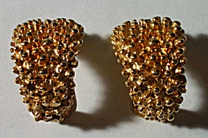 1957 COVENTRY GOLD FINISH HOBNAIL EARRINGS (Image1)