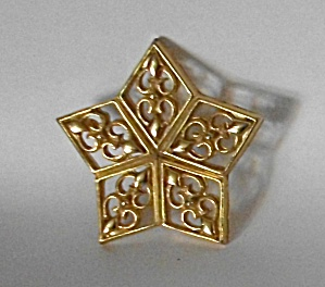 Vintage Filigree Star Gold Tone Brooch