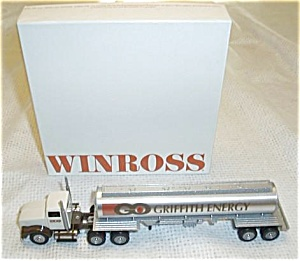 WINROSS 1/64 SCALE TRACTOR TRAILER GRIFFITH OIL (Image1)